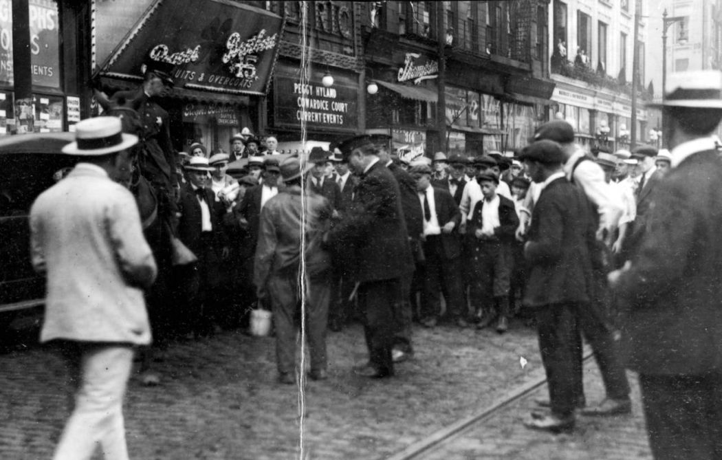 Chicago-1919-race-riot-06
