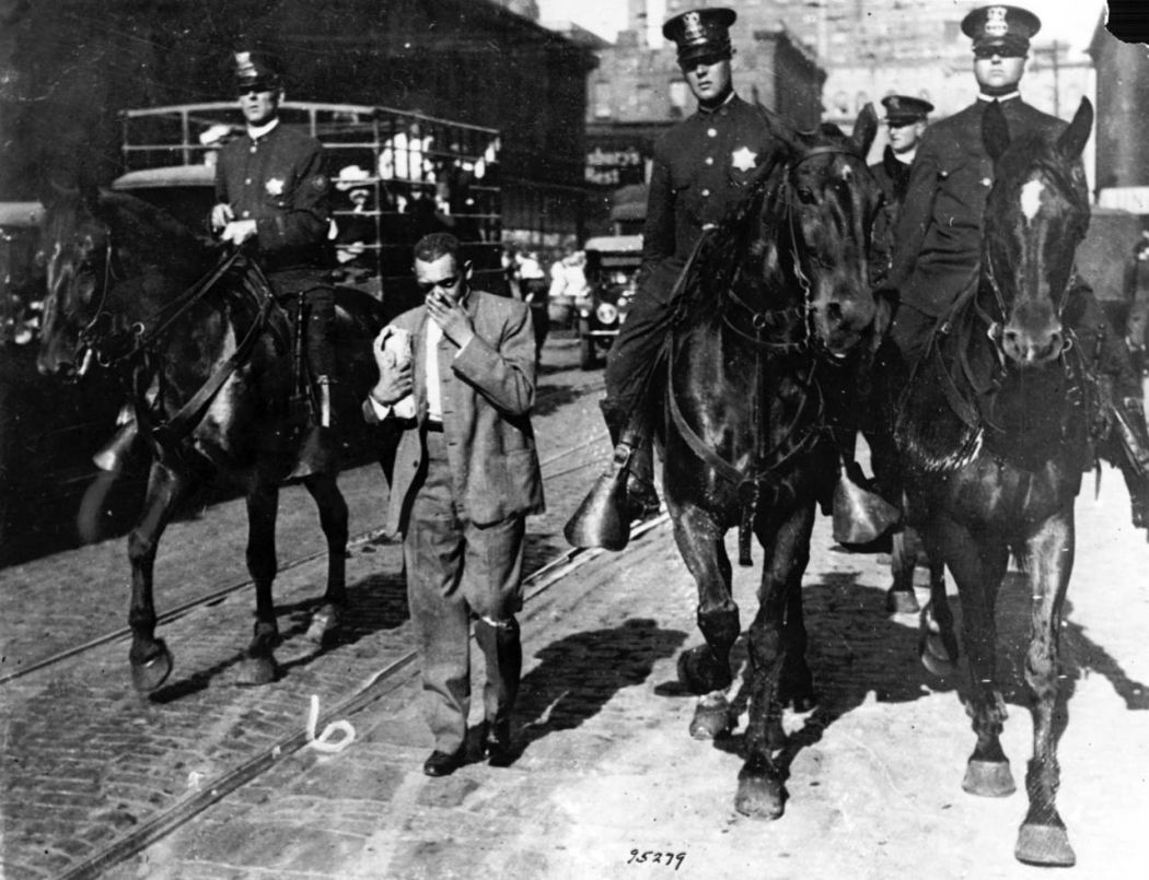 Chicago-1919-race-riot-07