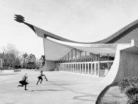 Neofuturistic architecture of Eero Saarinen (1950s and 60s)