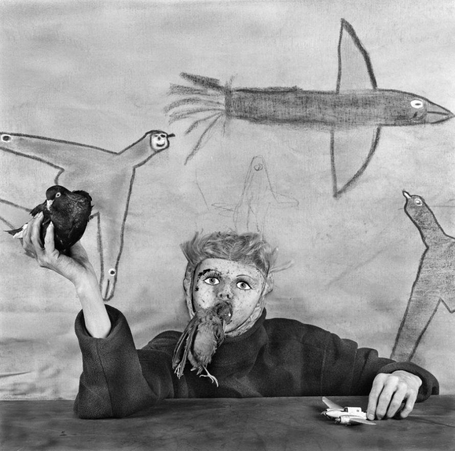 Roger-Ballen-Asylum-of-The Birds-07