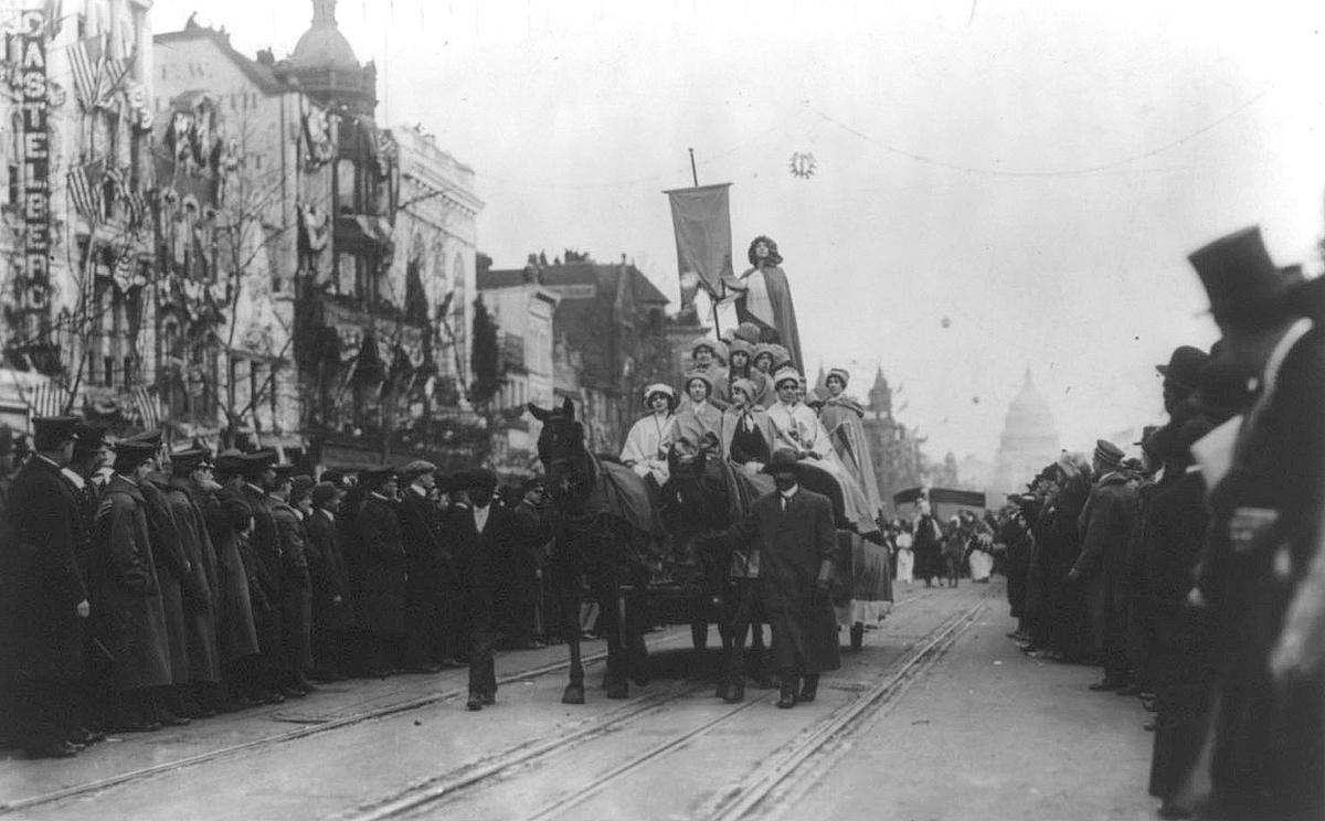 Woman-Suffrage-Parade-of-1913-09