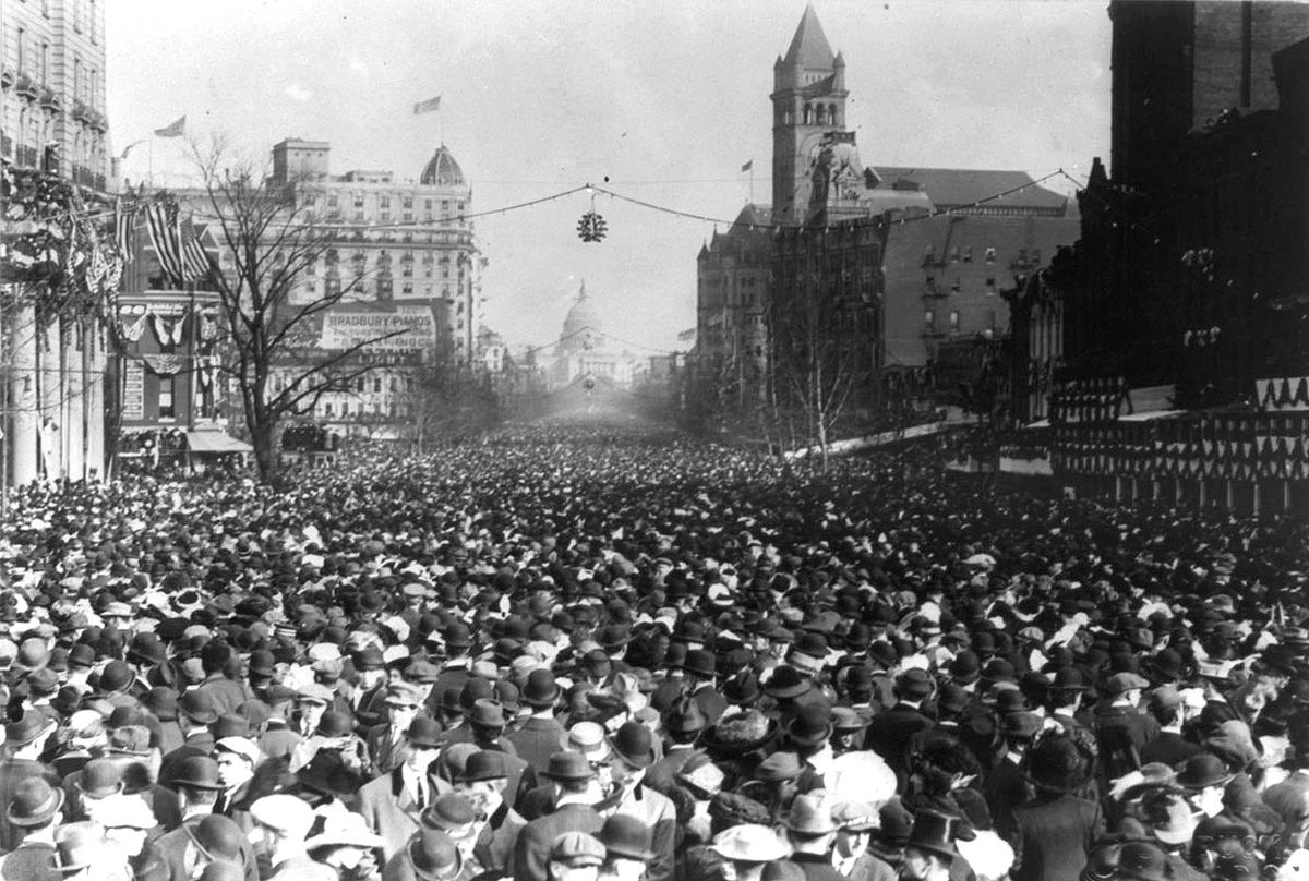 Woman-Suffrage-Parade-of-1913-10