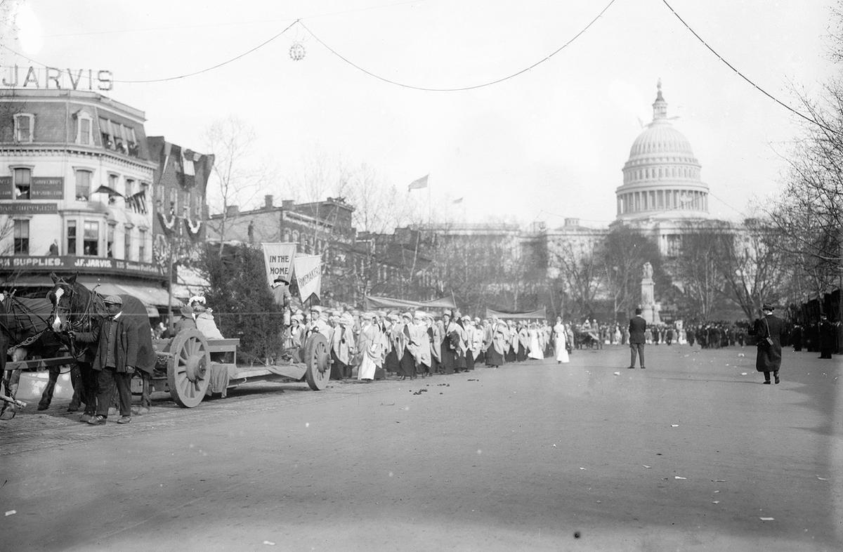 Woman-Suffrage-Parade-of-1913-13