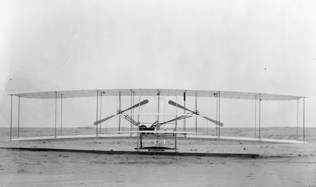 Wright-Brothers-First-Flight-in-1903-08