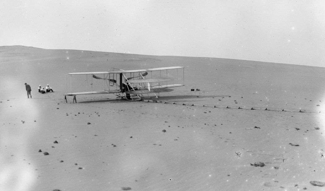 Wright-Brothers-First-Flight-in-1903-13