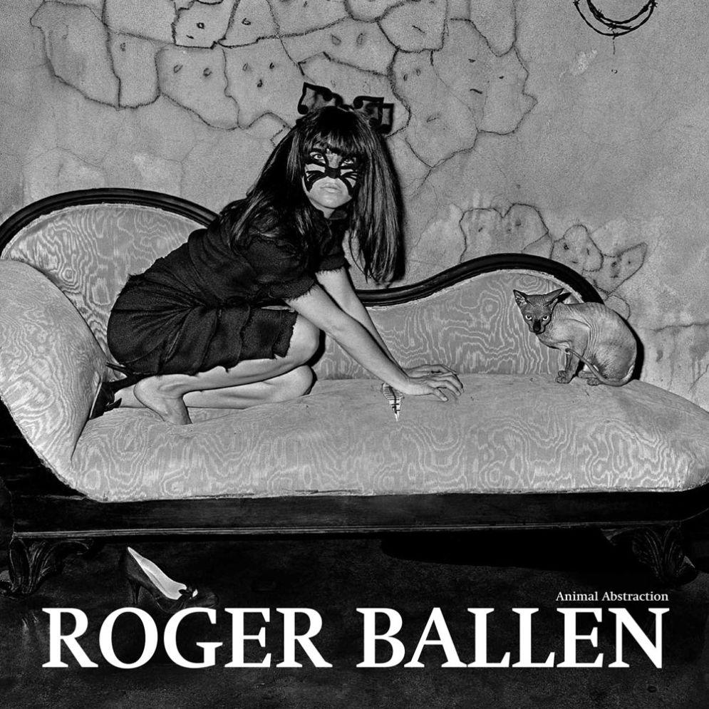 Roger_Ballen-Animal_Abstraction-01