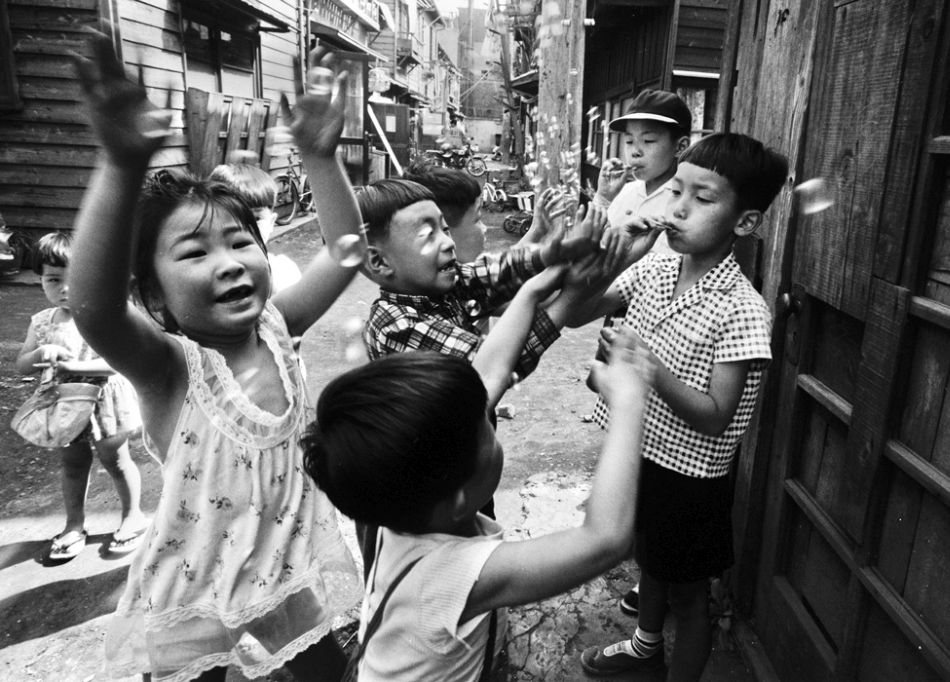 William_Klein-Tokyo_Enfants_01