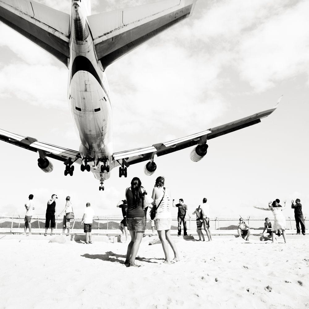 josef-hoflehner-jet-airliner-02