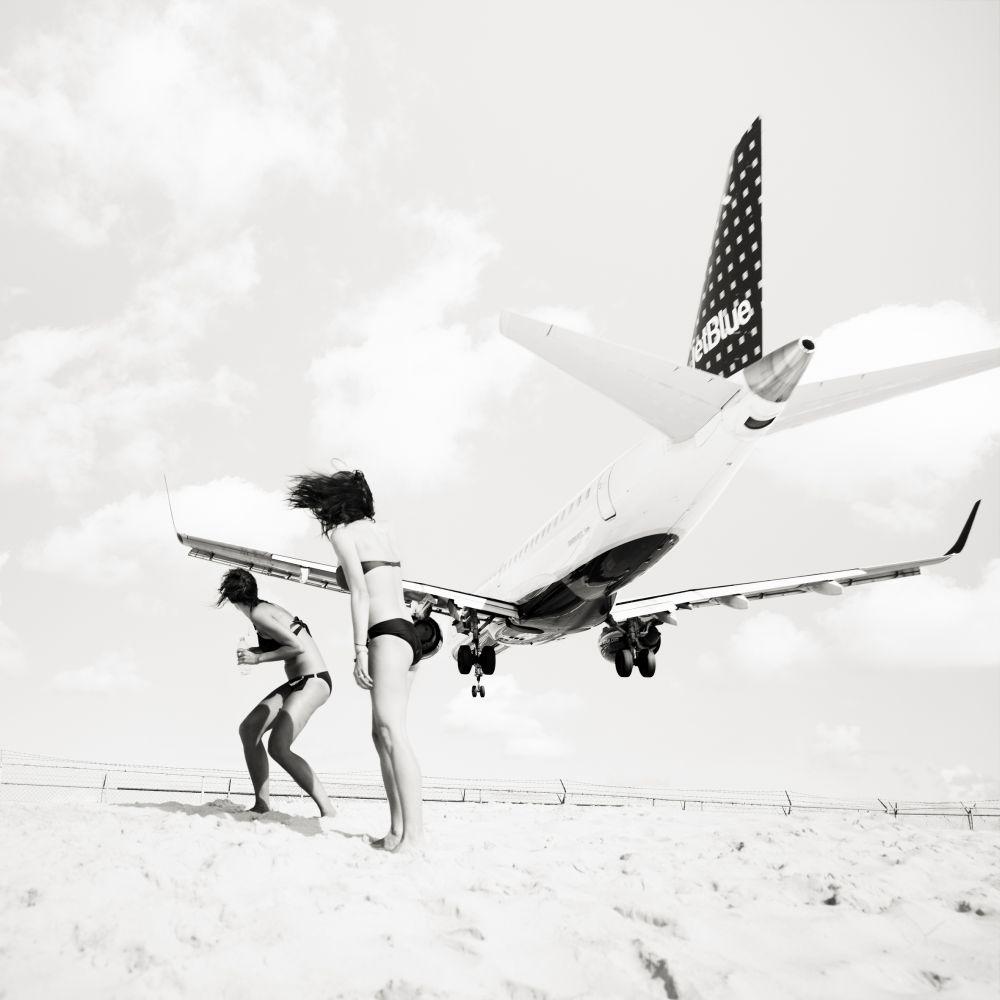 josef-hoflehner-jet-airliner-03