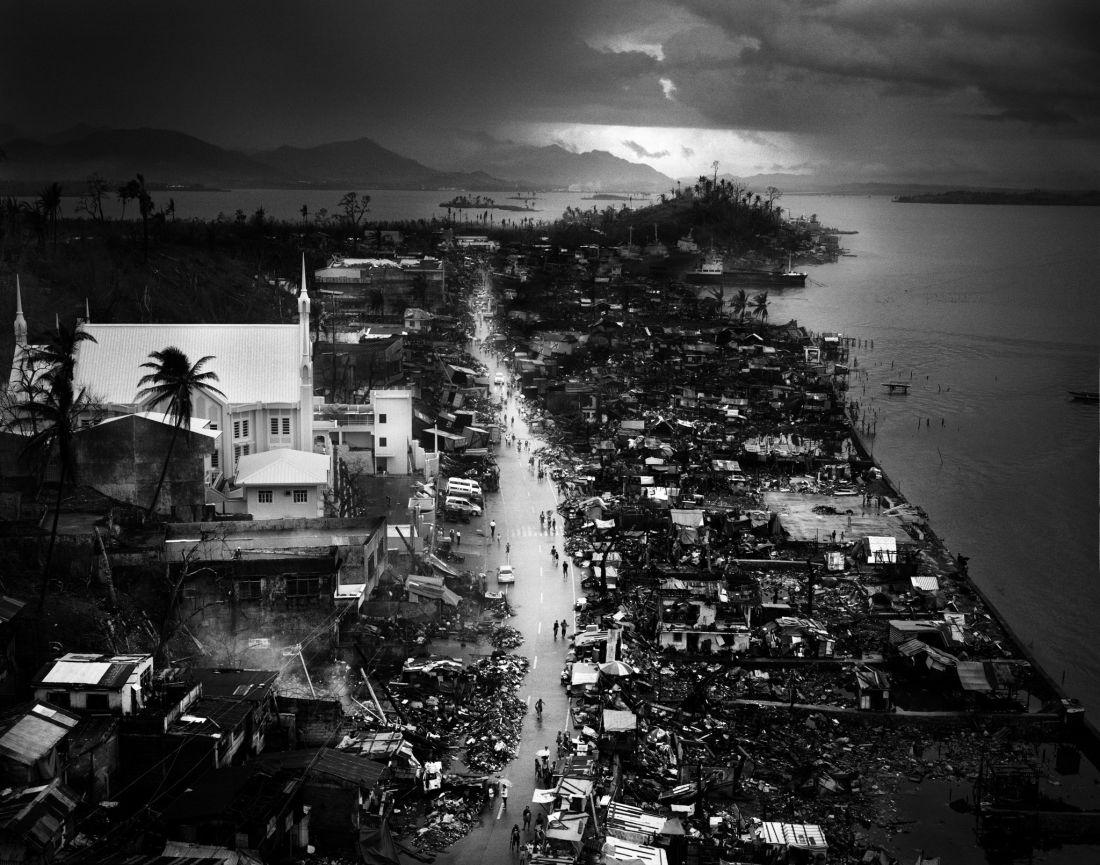 tomasz-gudzowaty-typhoon-haiyan-philippines-08