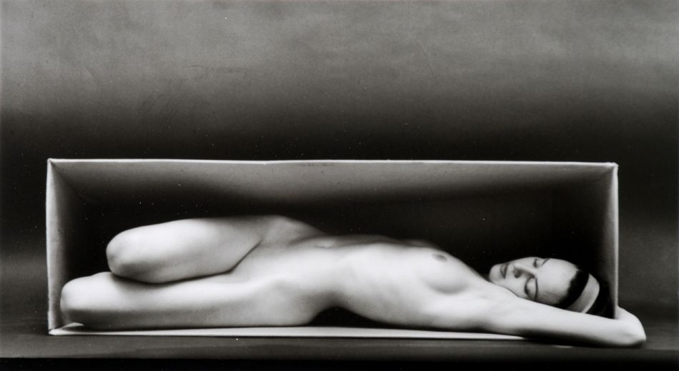 10-famous-nude-black-and-white-photographers-Ruth-Bernhard