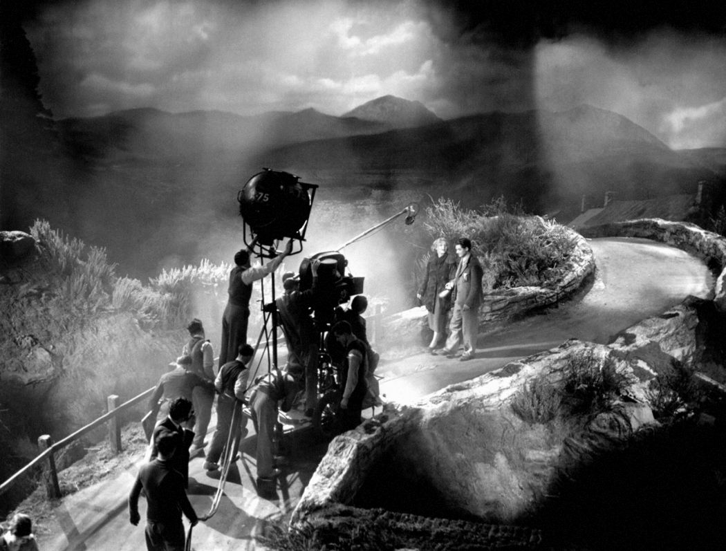 Behind-the-Scenes-The-39-Steps-(1935)-01