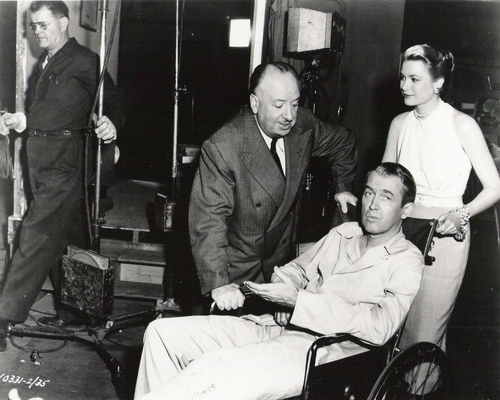 Behind-the-scenes-Rear-Window-(1954)-45