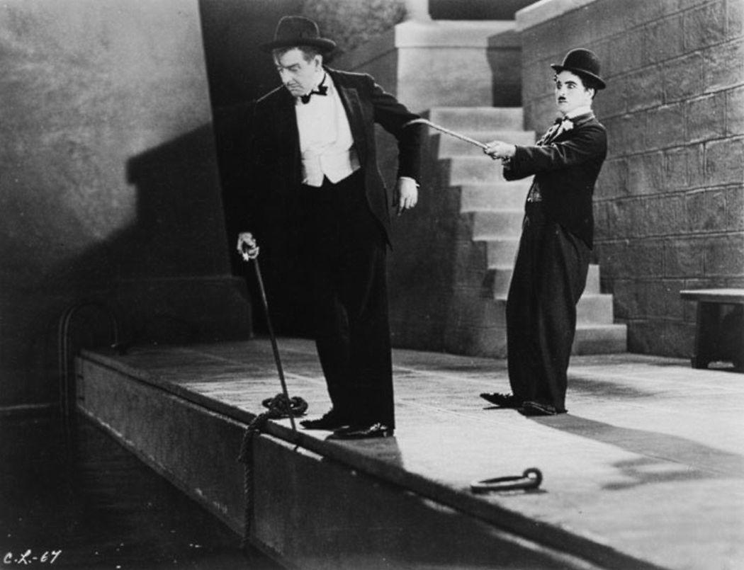 Charlie-Chaplin-City-Lights-(1931)-03