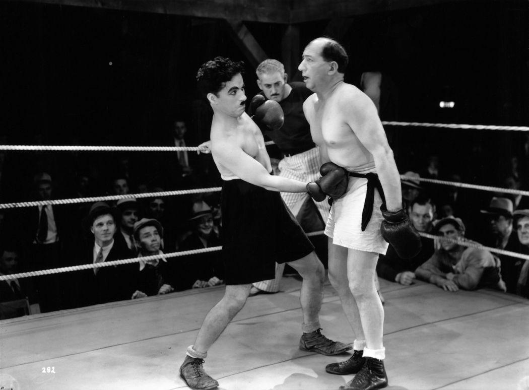 Charlie-Chaplin-City-Lights-(1931)-08