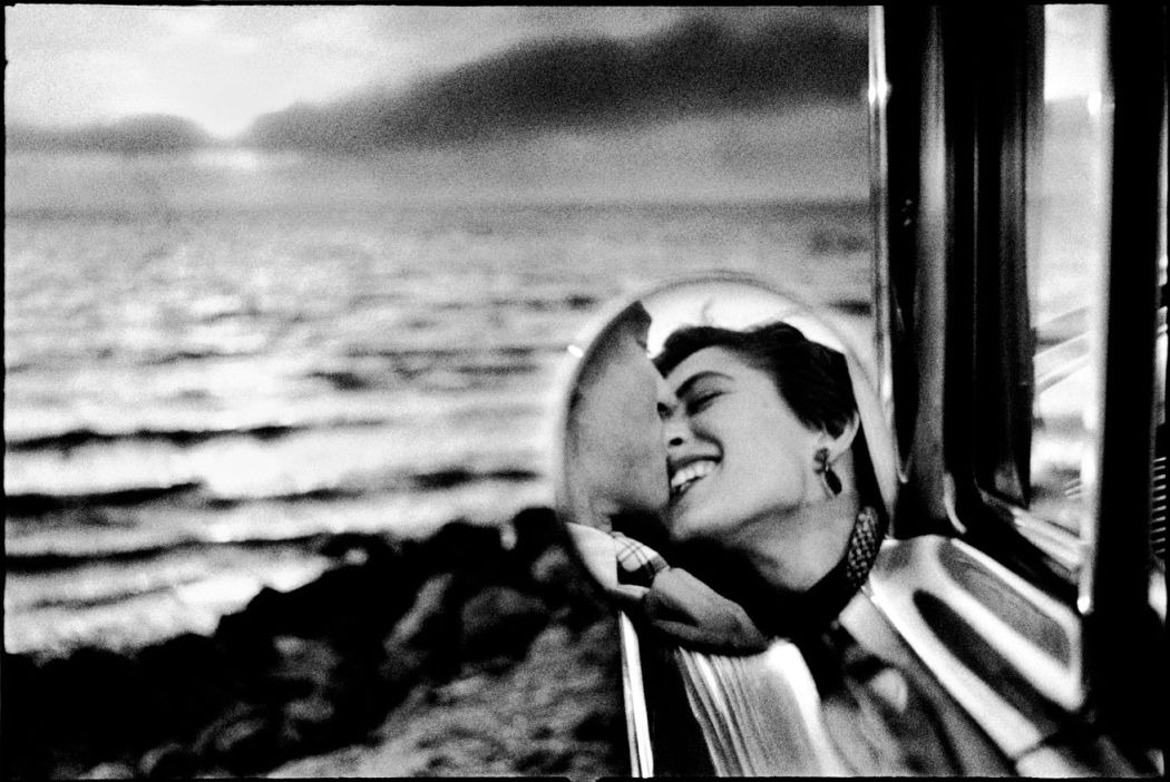 Elliott-Erwitt-Double-Platinum-05
