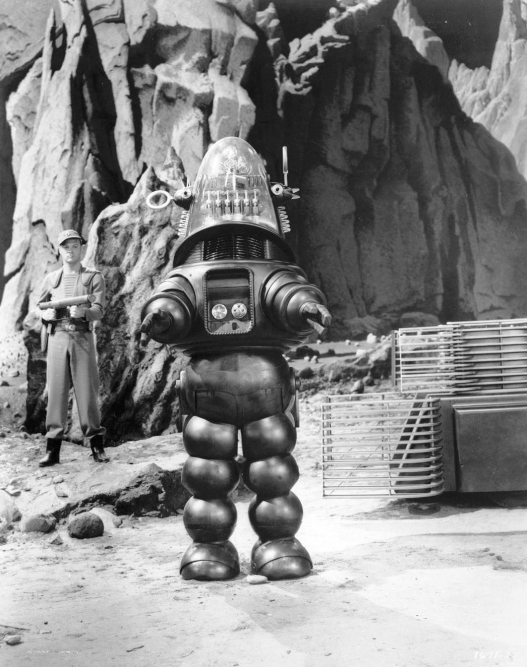 Forbidden-Planet-(1956)-38
