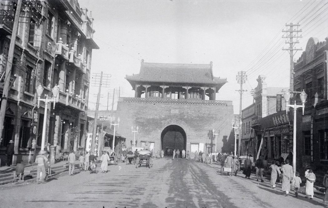 Manchuria-Northeast-Asia-in-1930s-Gate to Walled City