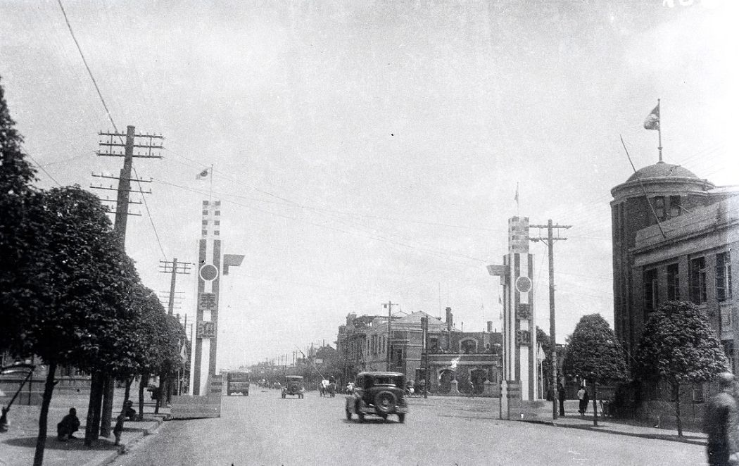 Manchuria-Northeast-Asia-in-1930s-Welcome to Mukden Japanese Gate