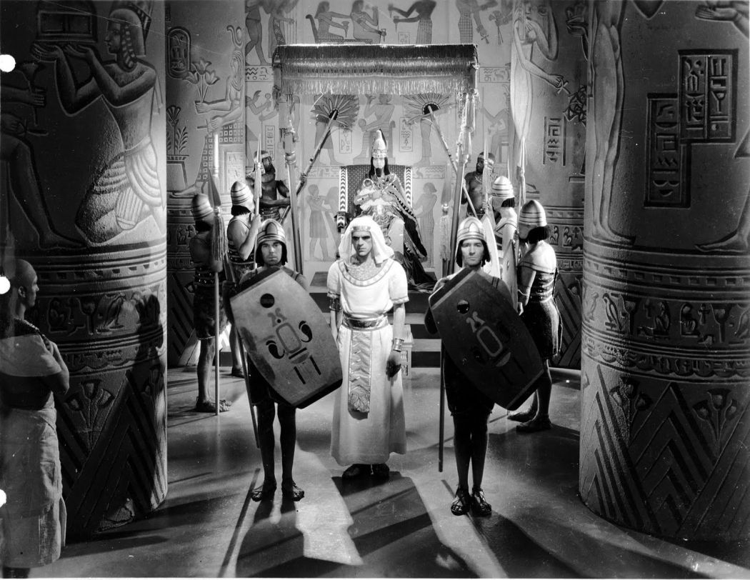 Movies-The-Mummy-1932-01