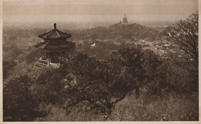 Peking-China-in-1920s-Coal Hill looking towards the Winter Palace