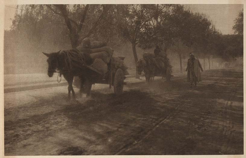 Peking-China-in-1920s-When the evening shadows fall