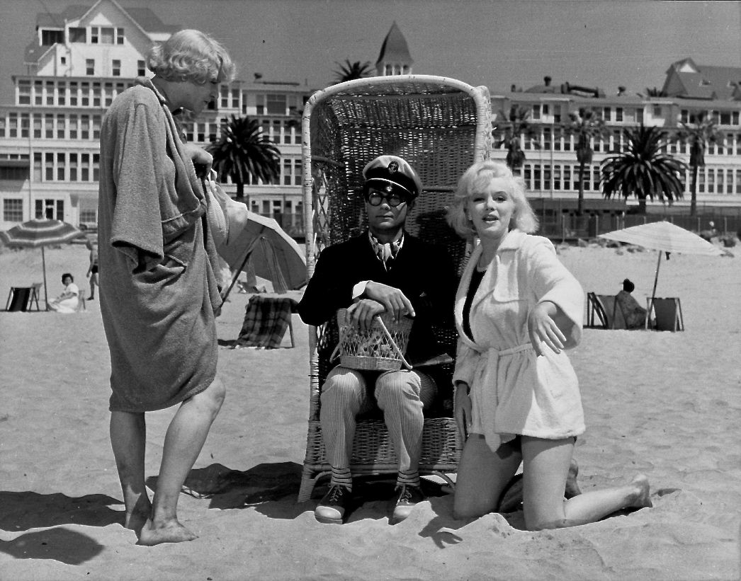 Some-Like-It-Hot-(1959)-behind-the-scenes-06