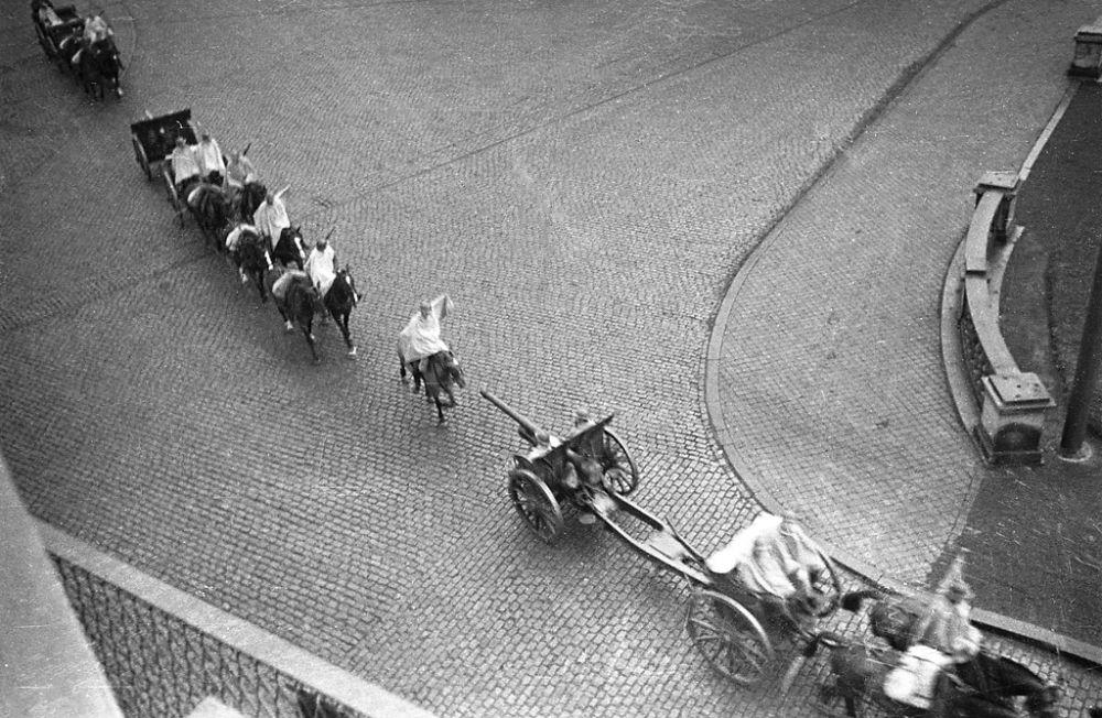 """Belgian manoeuvre"" in Tournai, Belgium. 1934"