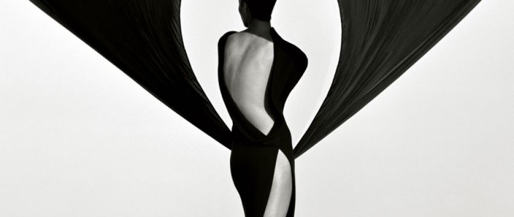 Biography: Fashion/Portrait photographer Herb Ritts