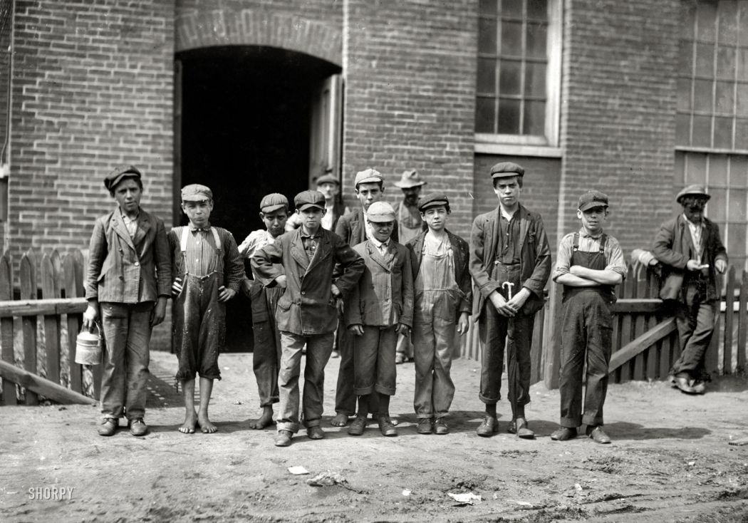 lewis-hine-child-labours-1913-48