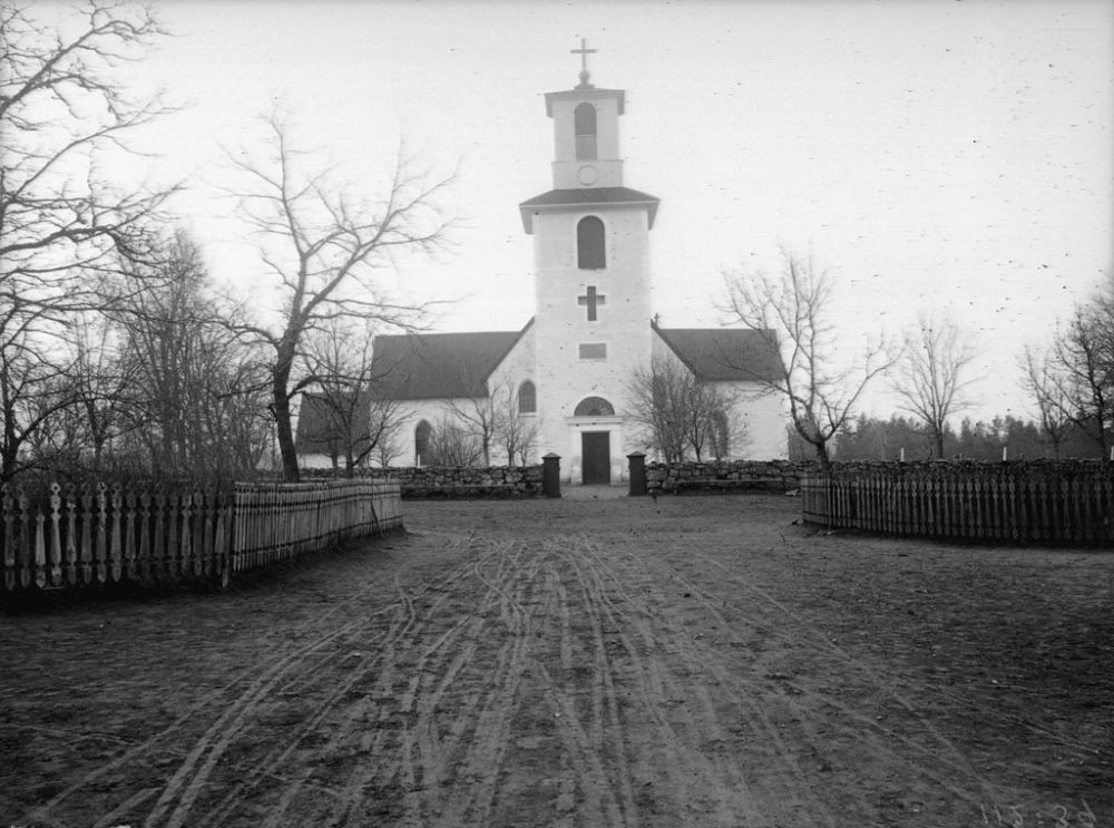 swedish-churches-from-1100-1900-24