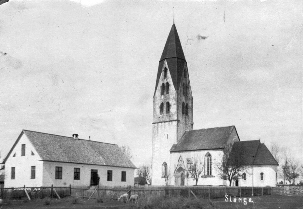 swedish-churches-from-1100-1900-25