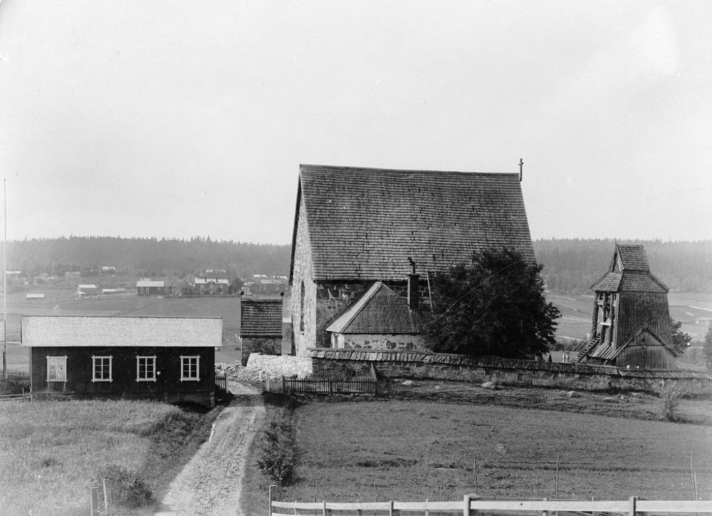 swedish-churches-from-1100-1900-27