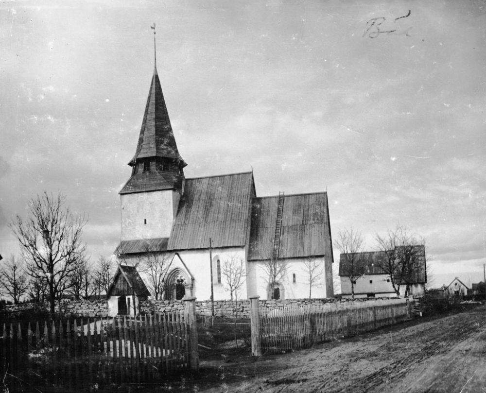 swedish-churches-from-1100-1900-ad-07