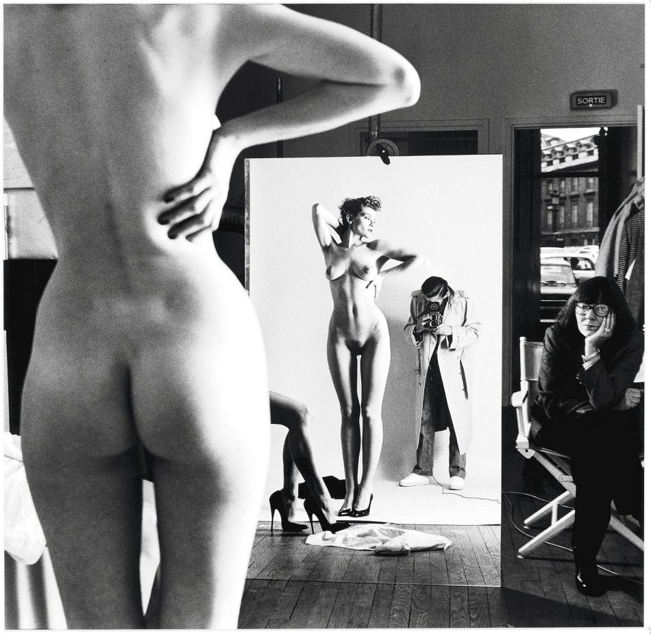 top-10-black-and-white-self-portraits-by-famous-photographers-Helmut-Newton