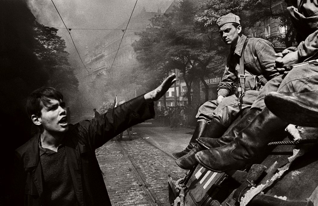 CZECHOSLOVAKIA. Prague. August 1968. Invasion by Warsaw Pact troops in front of the Radio headquarters.