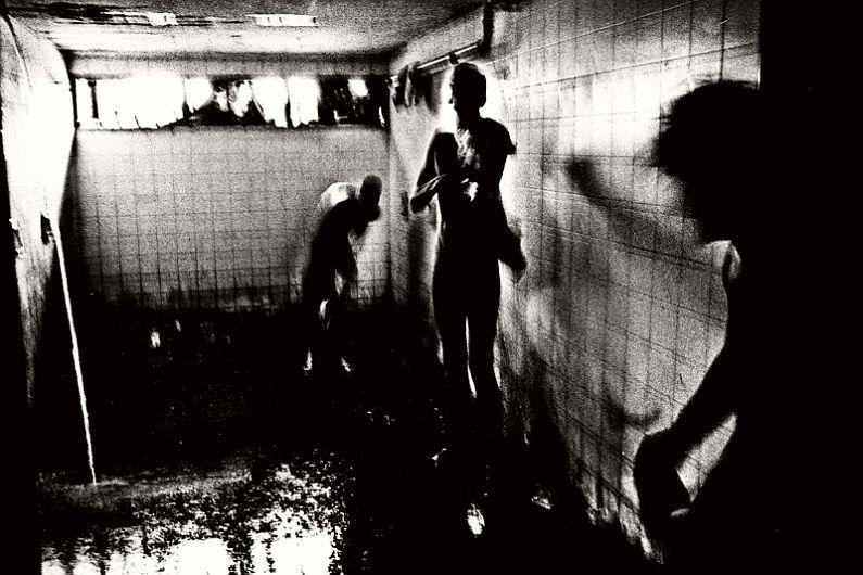 valerio-bispuri-encerrados-latin-american-prisons-10