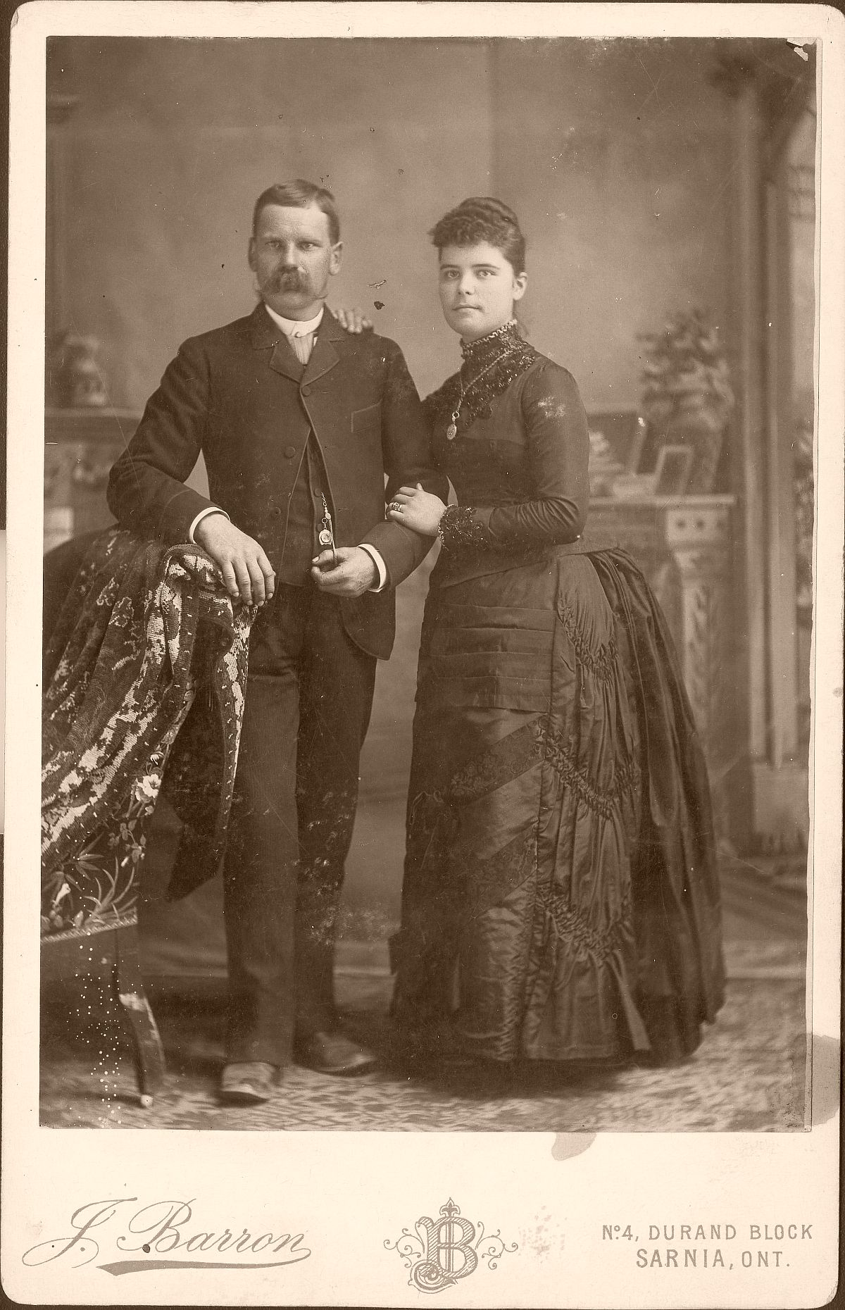 cabinet-cards-1870s-to-1880s-vintage-19th-century-victorian-era-01