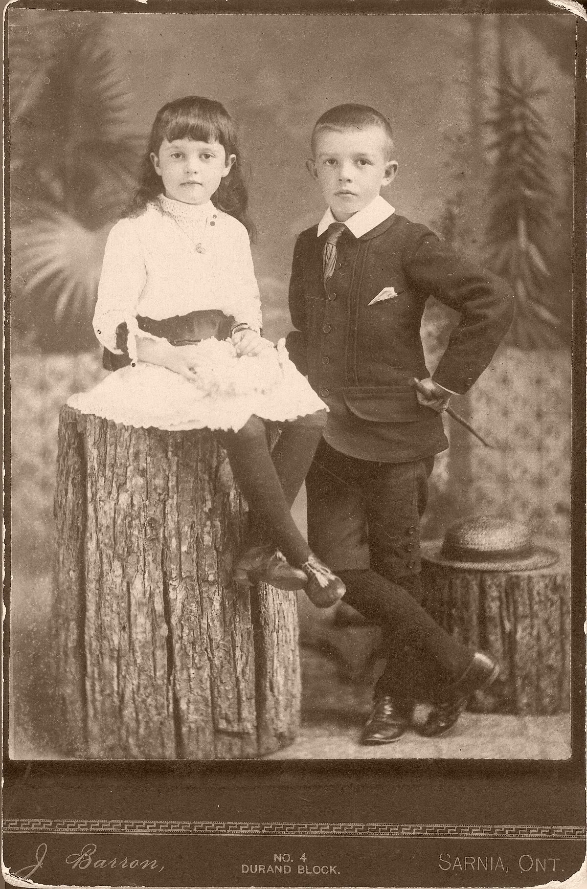cabinet-cards-1870s-to-1880s-vintage-19th-century-victorian-era-19