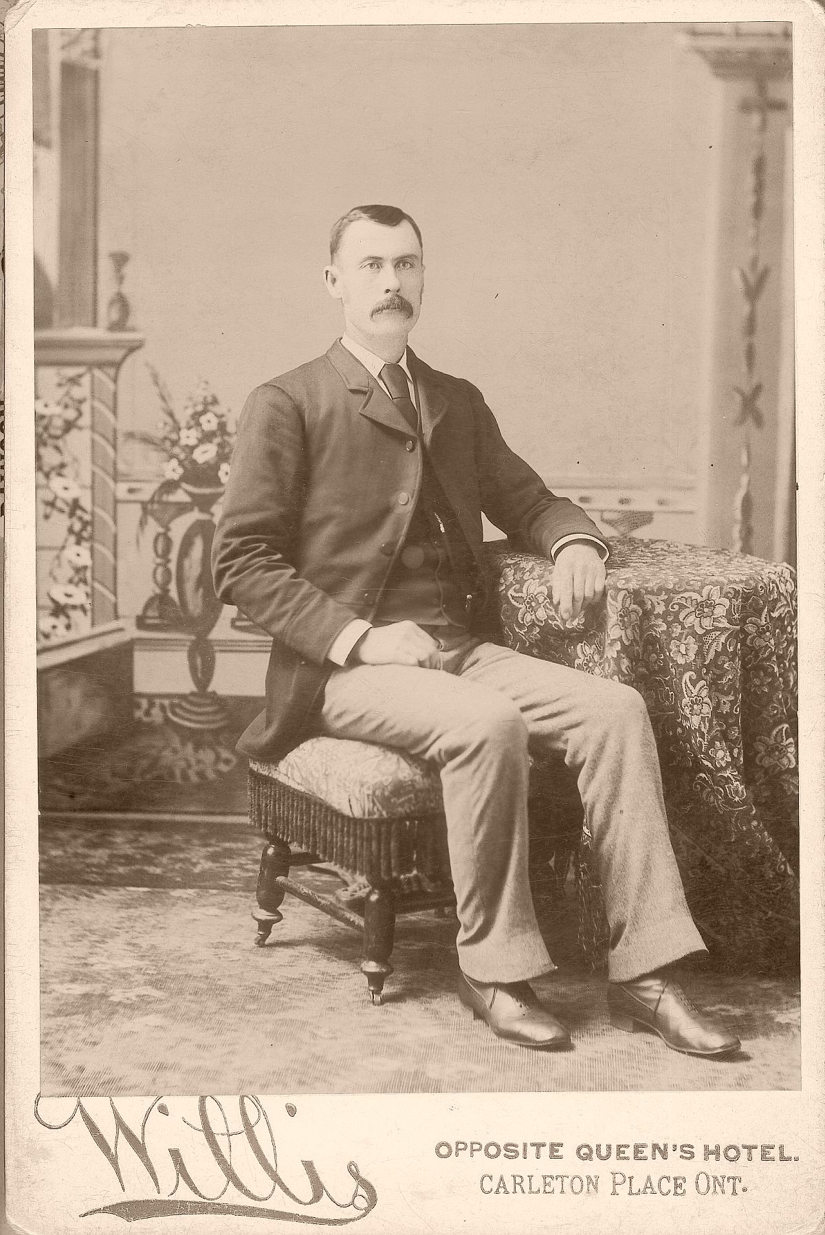 cabinet-cards-1880s-to-1890s-vintage-19th-century-victorian-era-03