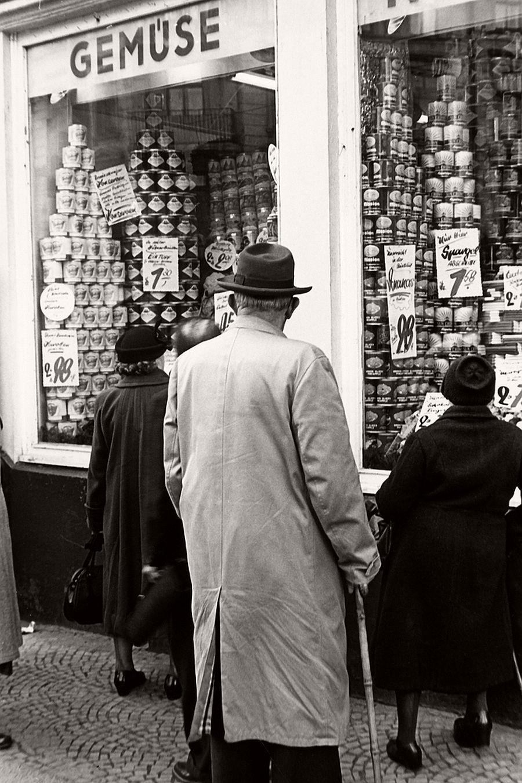city-life-street-photographer-herbert-dombrowski-03