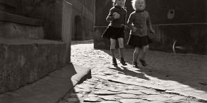 Biography: City Life / Street photographer Herbert Dombrowski