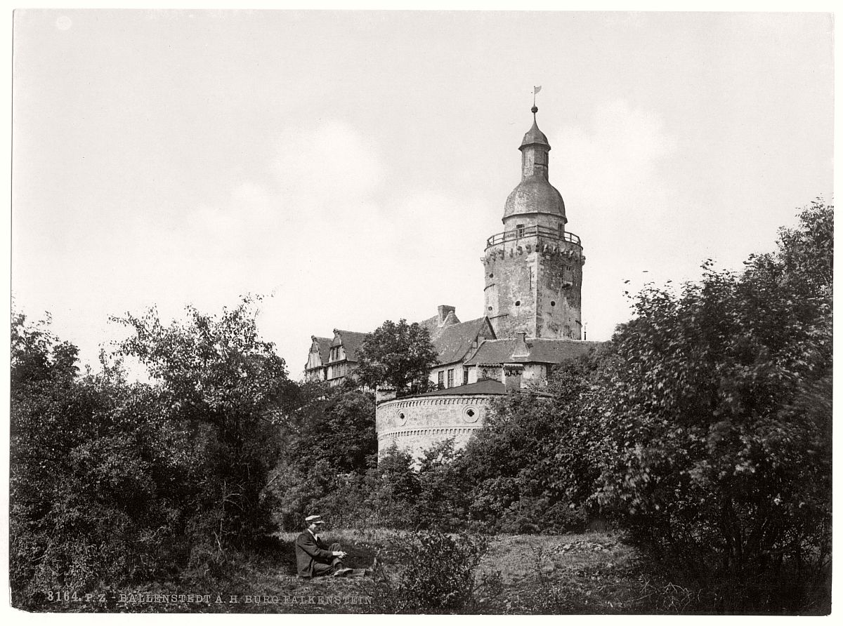 historic-bw-photo-german-Castle-Falkenstein-12