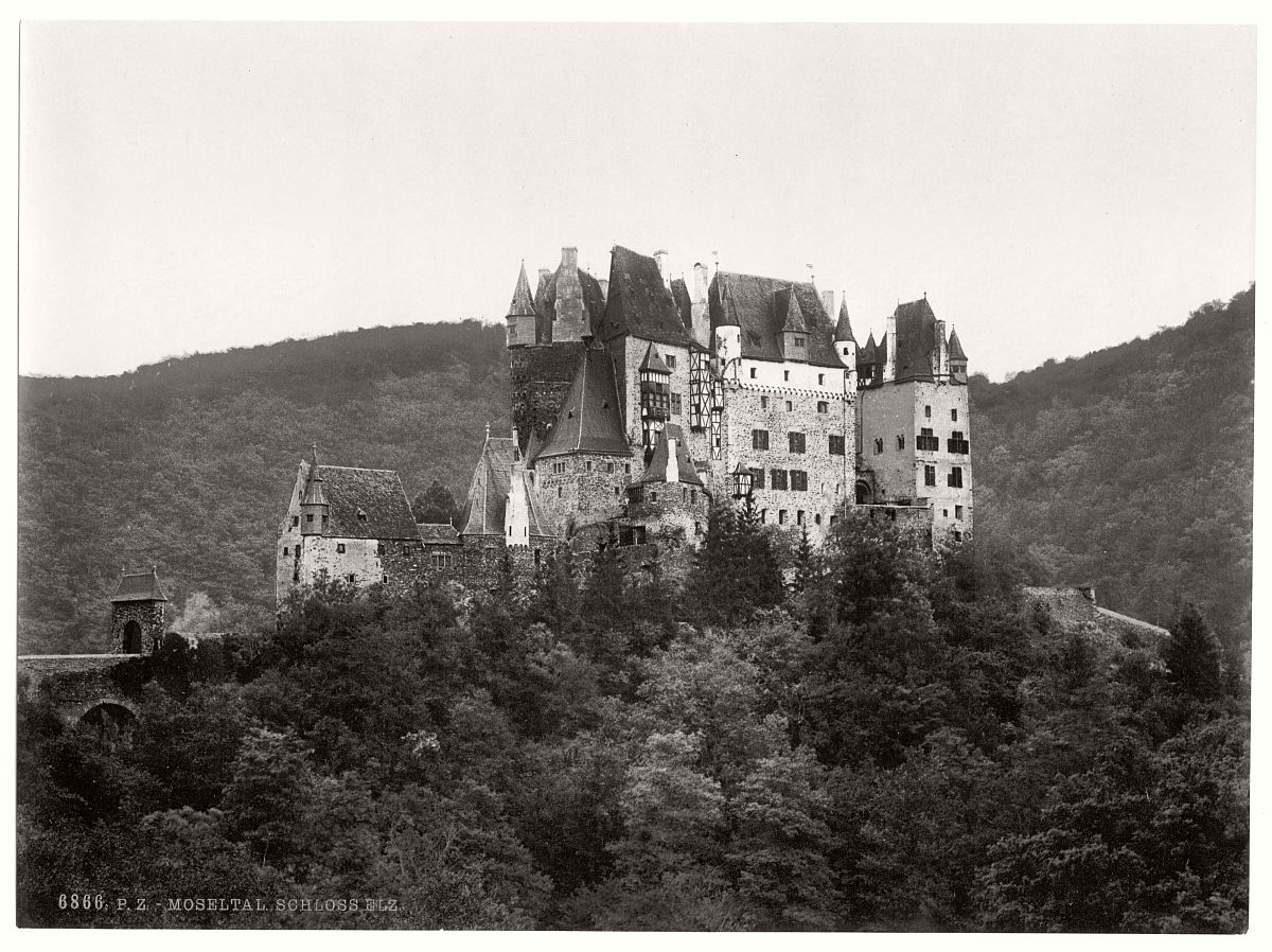 historic-bw-photo-german-Elz-Castle-06