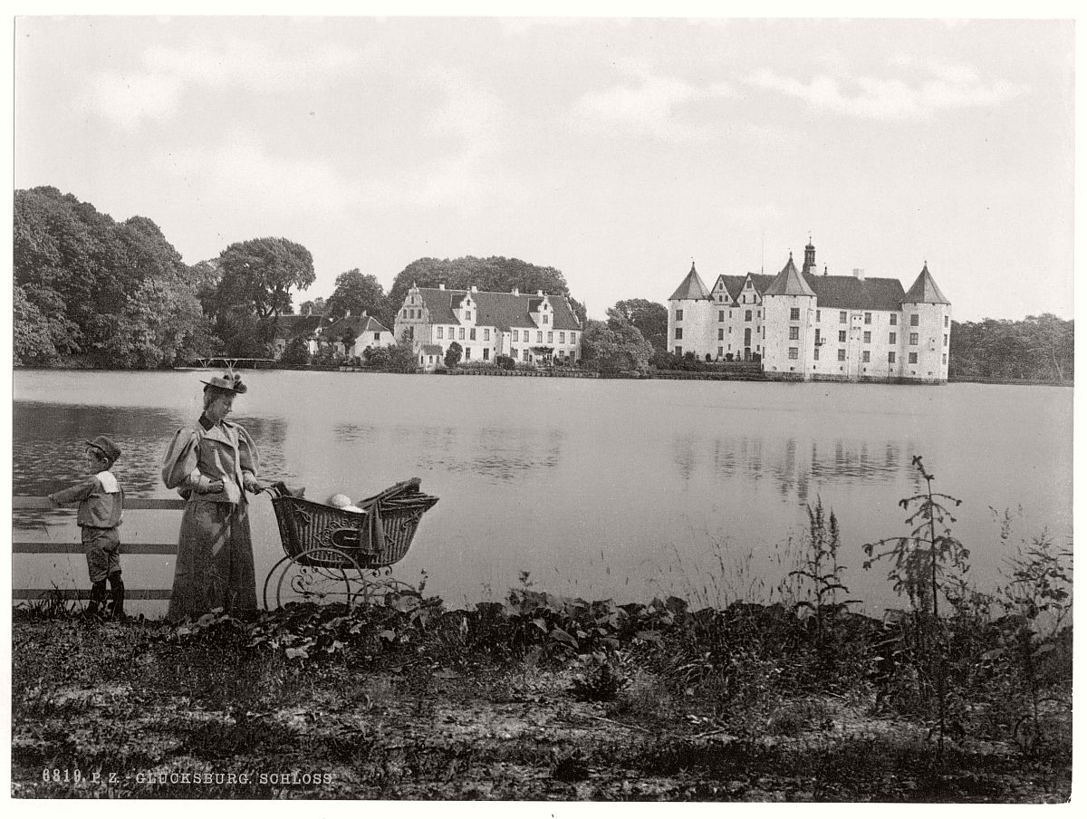 historic-bw-photo-german-Glucksburg-Schleswig-Holstein-castle-13