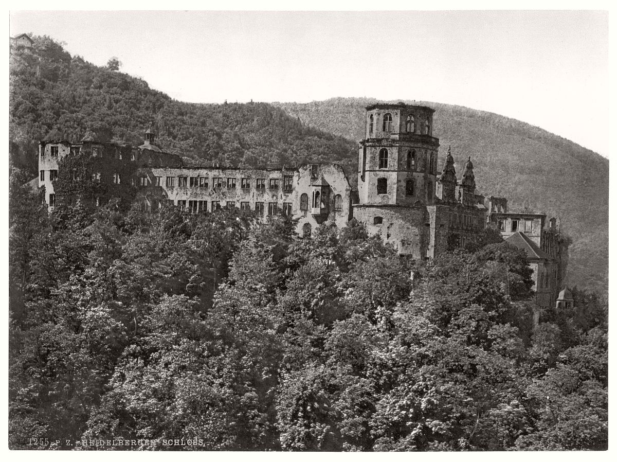 historic-bw-photo-german-Heidelberg-Baden-castle-03