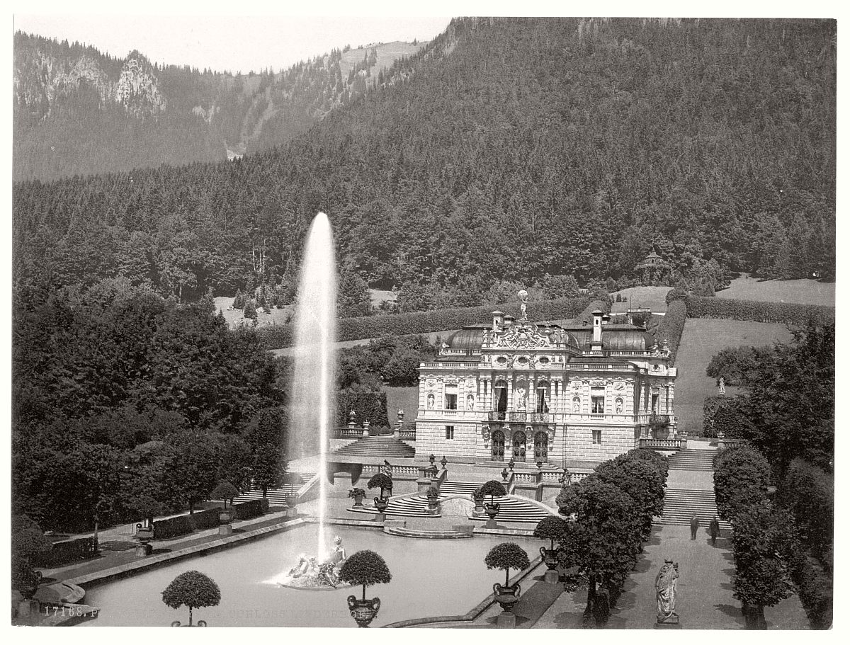 historic-bw-photo-german-Linderhof-Castle-01