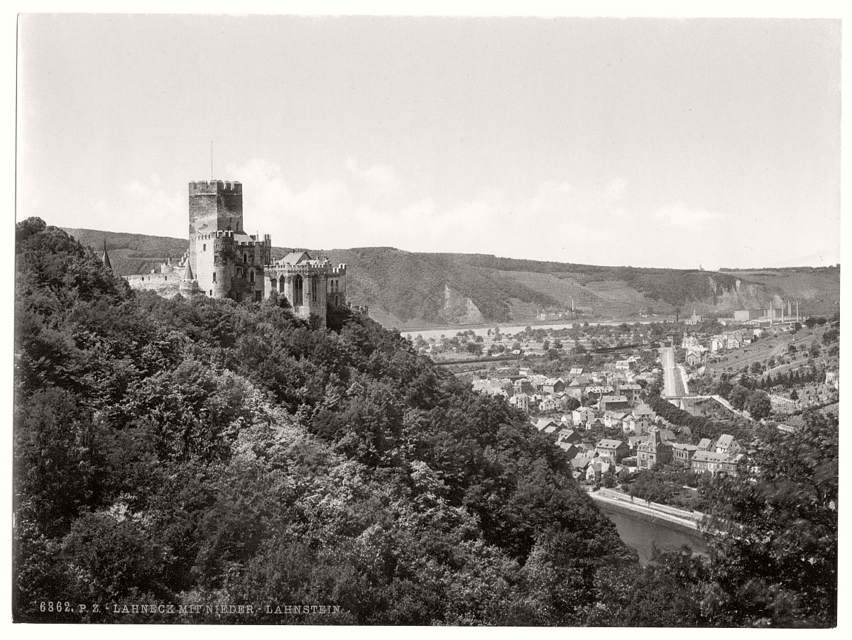 historic-bw-photo-german-Nieder-Lahnstein-Castle-09