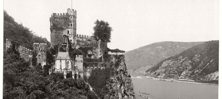 Historic B&W photos of German Castles