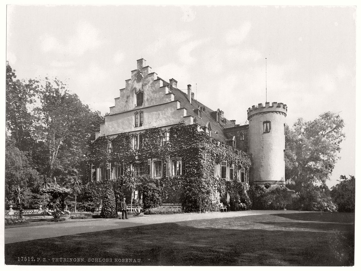 historic-bw-photo-german-Rosenau-Castle-13